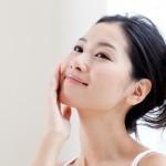 敏感肌から健康的な潤い肌へ。敏感肌が取り入れたいスキンケア