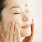 乾燥肌の人のクリーム選びを徹底解説!乾燥を予防して潤い肌へ!