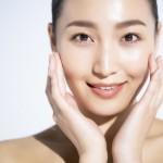 透き通るような白い肌へ!シミ対策のための化粧水の選び方