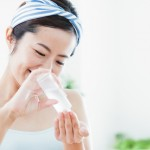 正しい化粧水の使用法で保湿力アップ!乾燥の冬も潤い肌へ