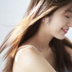 化粧水で美髪を育てられる!? かんたん頭皮の保湿方法